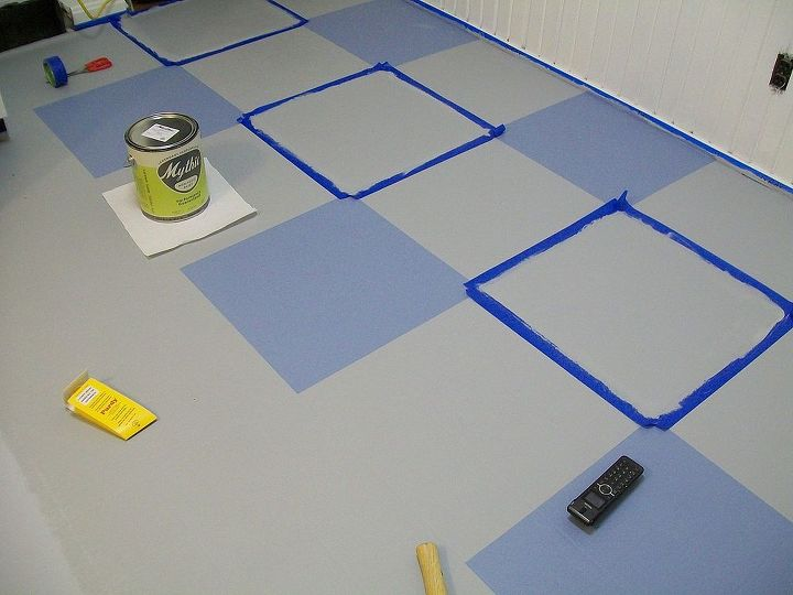 My vinyl floor was 20 years old, I didn't have money for a new floor, so I painted it.