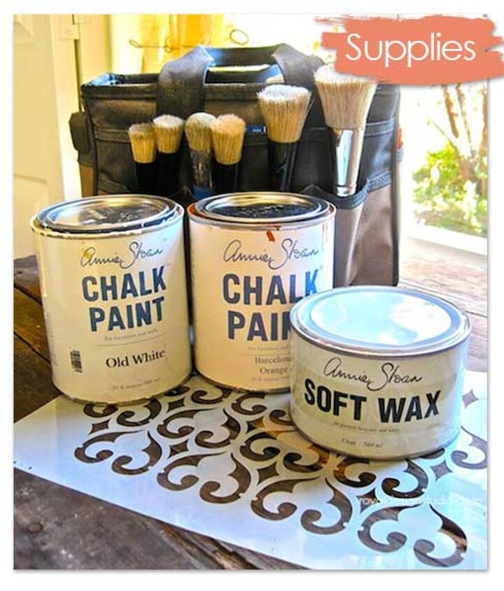 Annie Sloan Chalk Paint® and our Stencil Brushes are essential supplies in any beginner's stencil kit! http://www.royaldesignstudio.com/collections/annie-sloan-chalk-paint-collection/