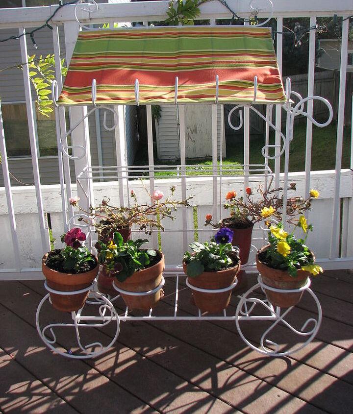 flower cart from rusty to cute as can be, painting