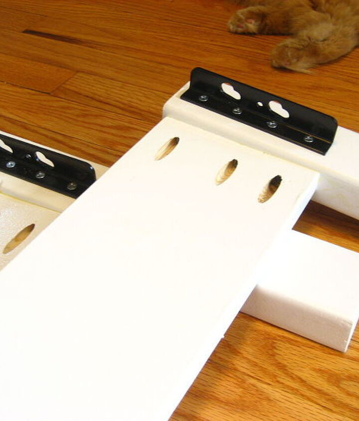 Foot/Head Board Rails with One Side of the Brackets