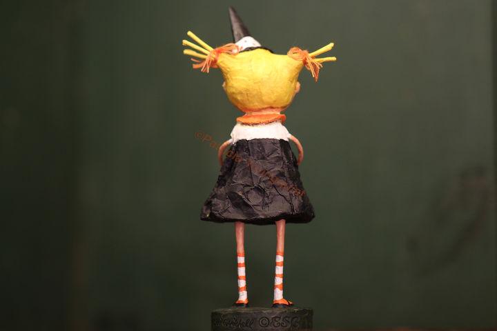 Miss Pigtails (VIEW FOUR)