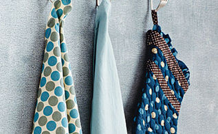 5 new uses for old things diy home decor, home decor, repurposing upcycling, 3 Old Silverware Into Kitchen Towel Potholder hooks Heat em up and bend them to your will A little metal working may be required to drill an hole in the silverware to be able to secure them to the wall or maybe think about