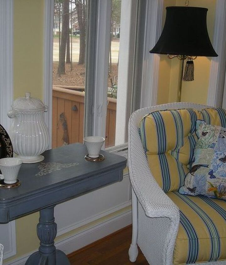 Doubles as sweet tea table and changes feel of whole room - says client.