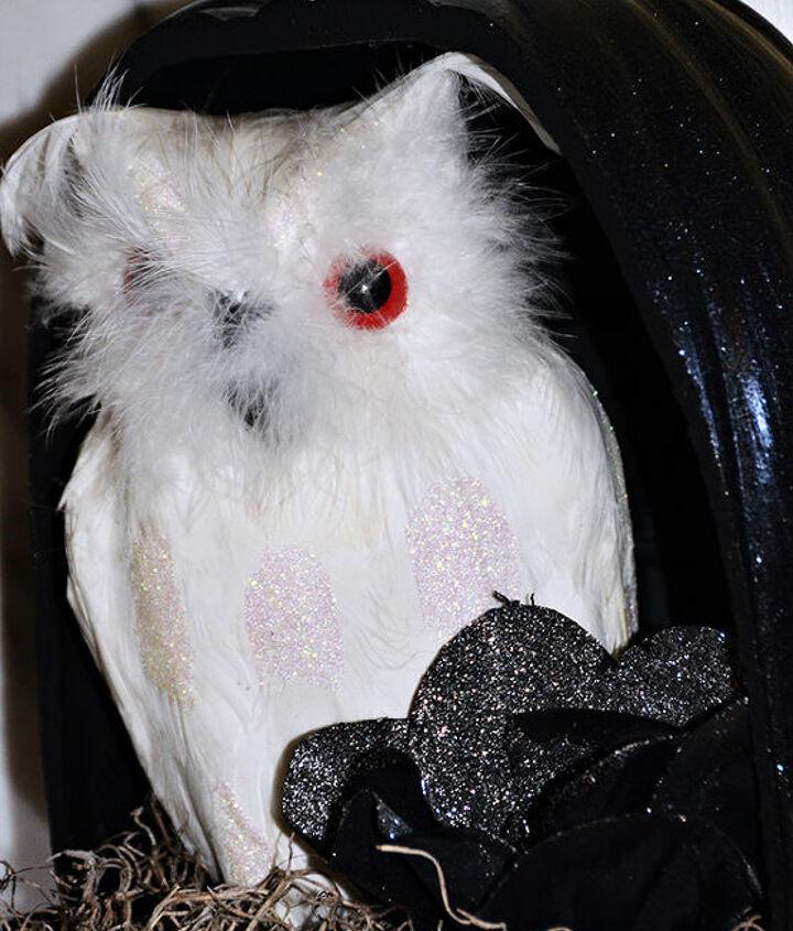 A watchful owl peeking out from a pumpkin. #pumpkinideas
