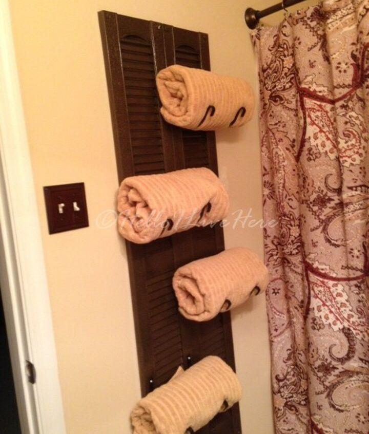 Finished DIY Shutter Towel Rack made by Hello I Live Here.