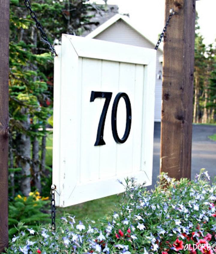 http://alderberryhill.blogspot.ca/2012/07/house-number-sign.html